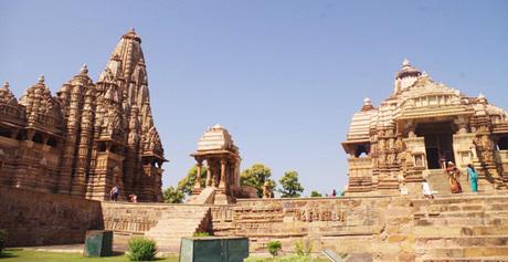 178 中世インドヒンドゥー寺院