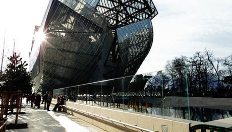 186 パリの展示空間とその周縁